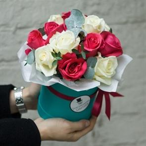 Комплимент в коробке: розово-белый
