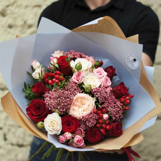 С пионовидной розой - фото 4565