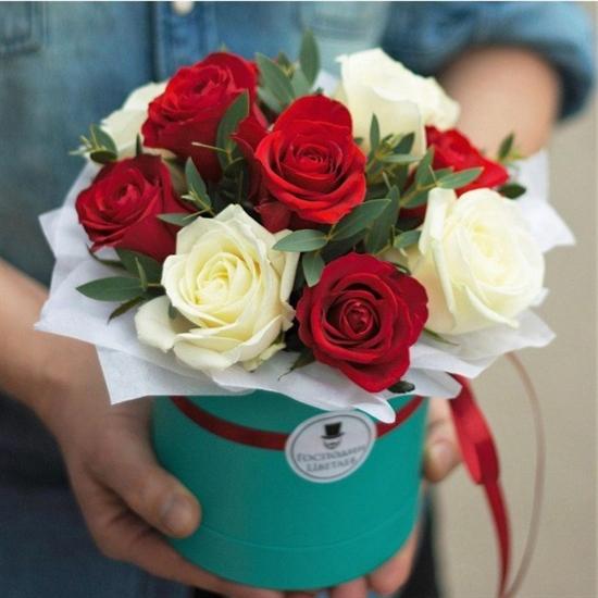 Комплимент в коробке: красно-белый - фото 4982