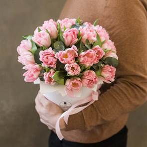 """Тюльпаны """"Фокстрот"""" с сюрпризом"""